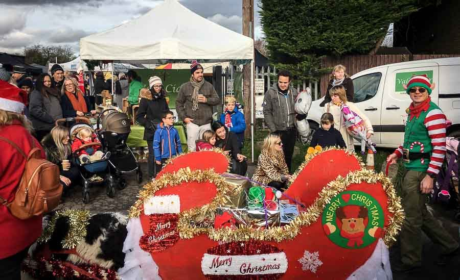 cowbridge-reindeer-parade-floats-2017