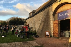 st-donats-christmas-market-outside-2017