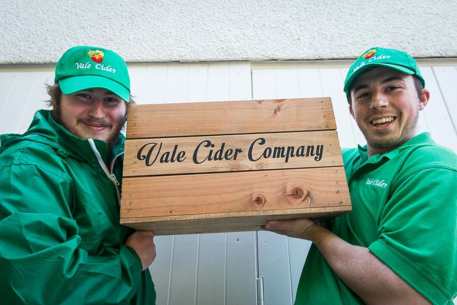 Brothers-holding-a-Vale-Cider-box