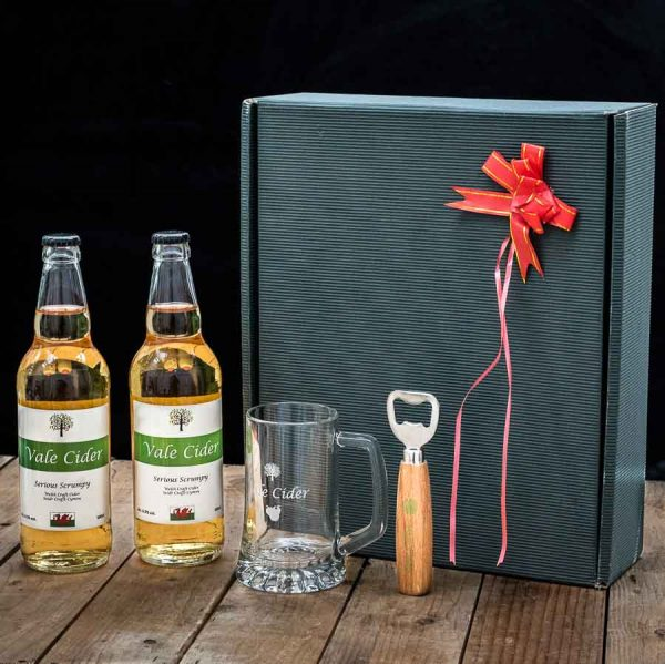 image of vale cider gift hamper for sale on online shop