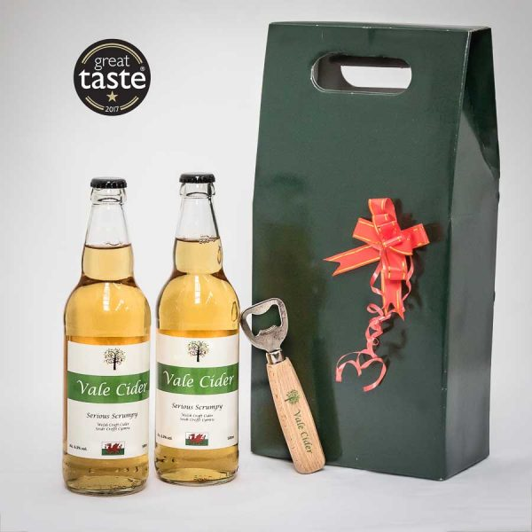 Gift box with cider gifts